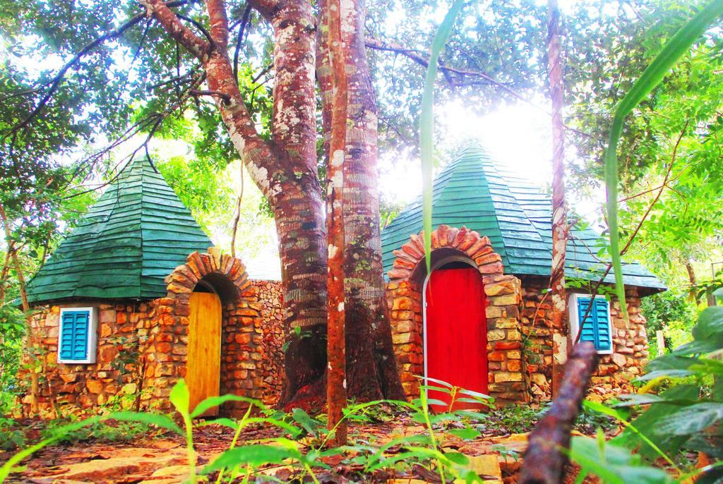 Phu Nam House - Resort