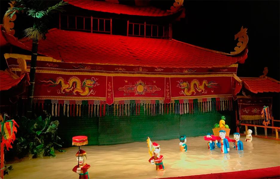 Кукольный театр на воде