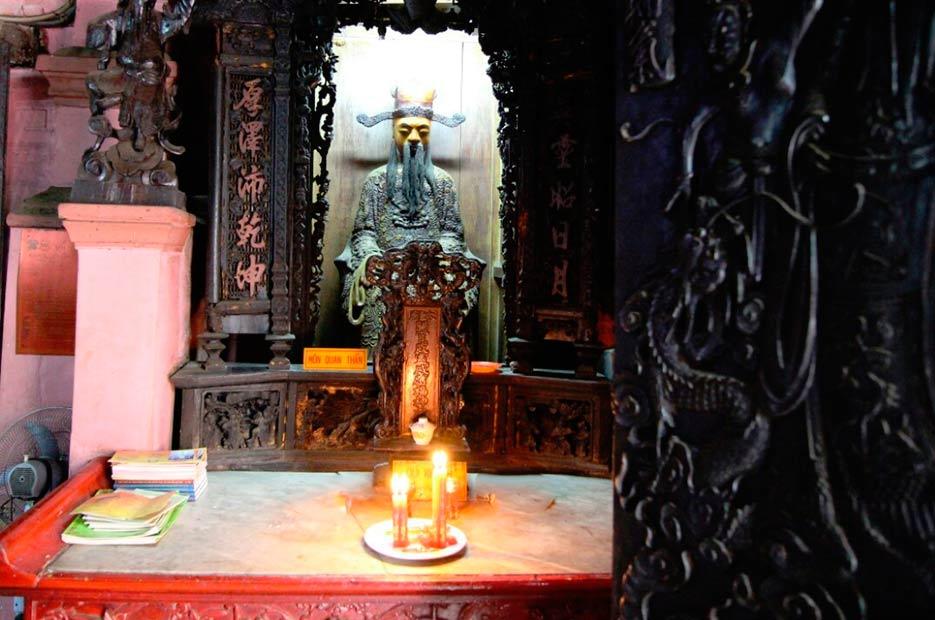 Пагода-Нефритового-Императора