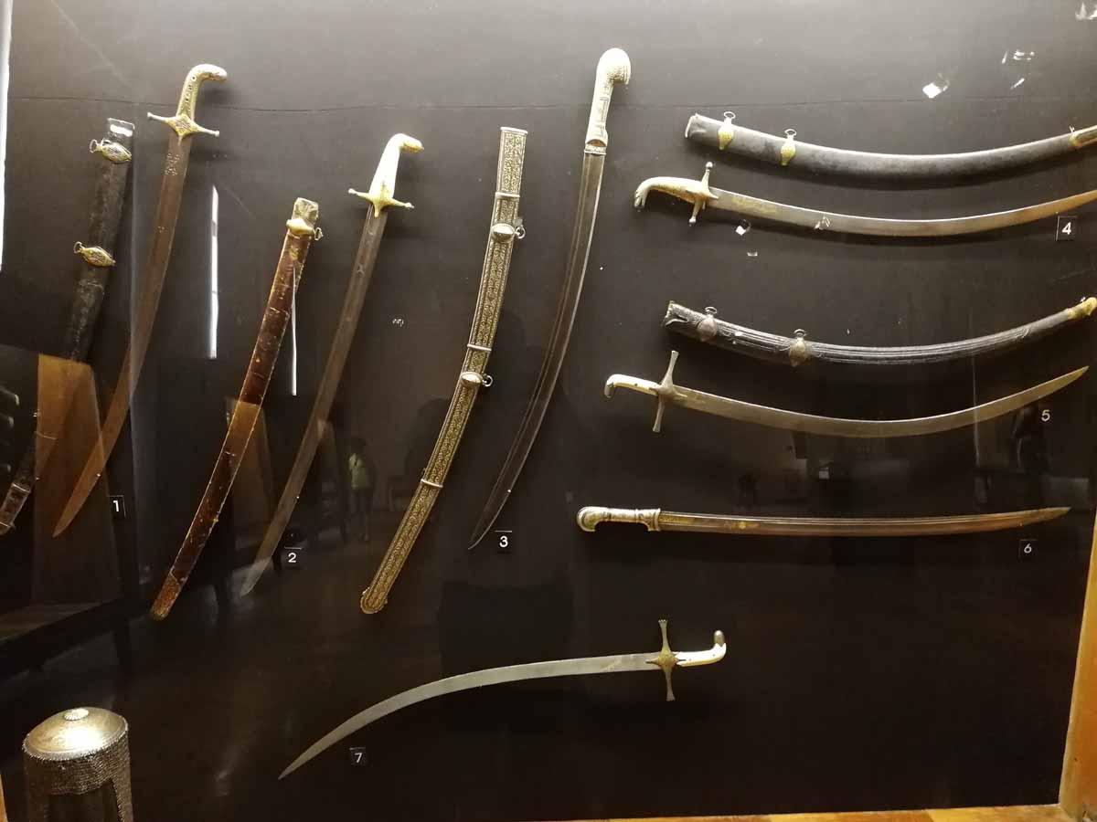 Холодное оружие средних веков