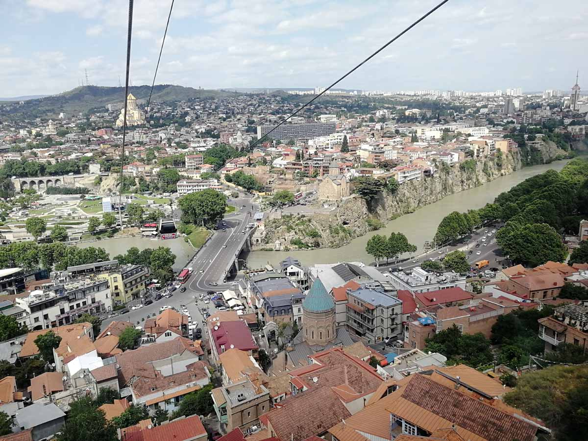Вид с фуникулера в Тбилиси