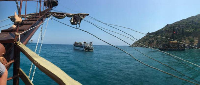 Прогулка на пиратской яхте из Алании — Турция