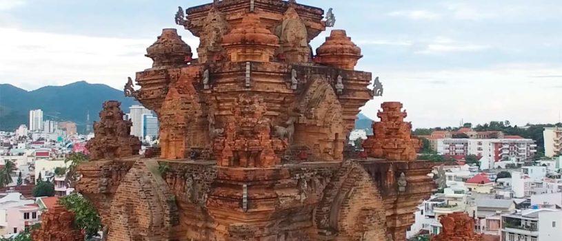 Чамские башни По Нагар в Нячанге