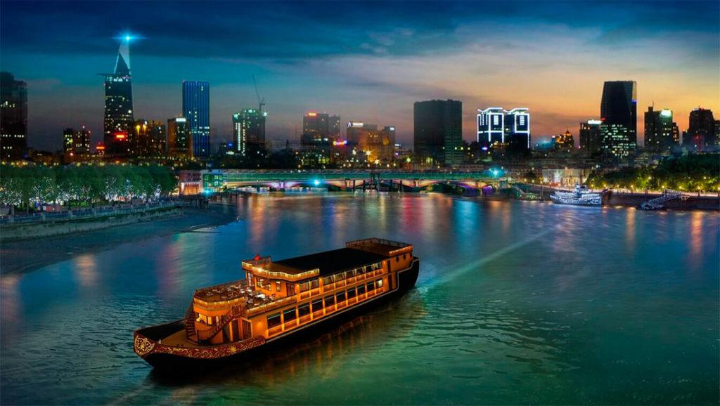 круиз по реке Сайгон