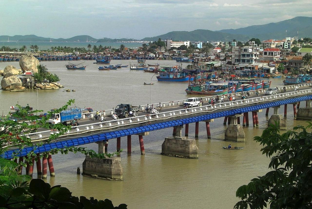 Сезон пляжного отдыха во Вьетнаме по месяцам. Сезон дождей.