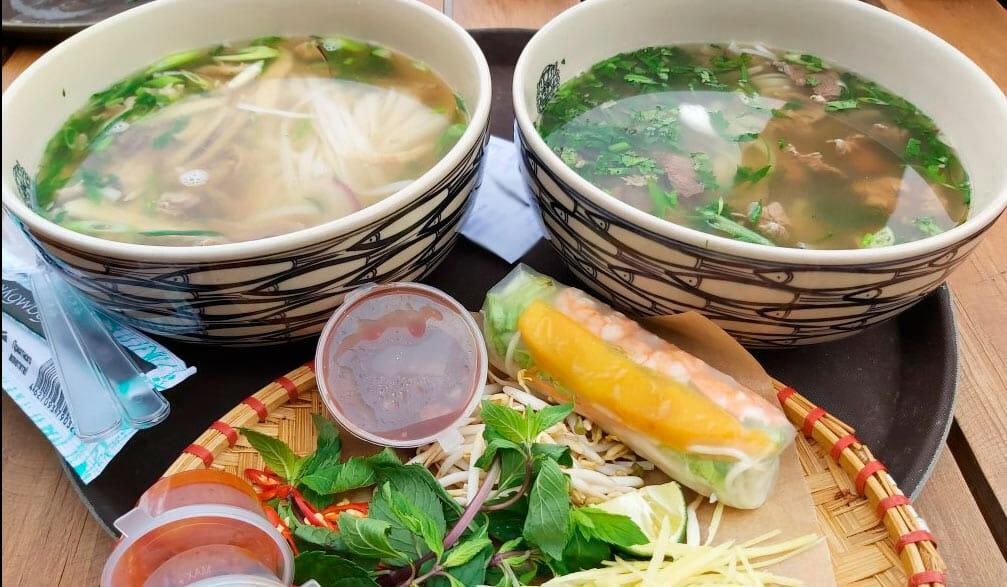 обед в Таиланде